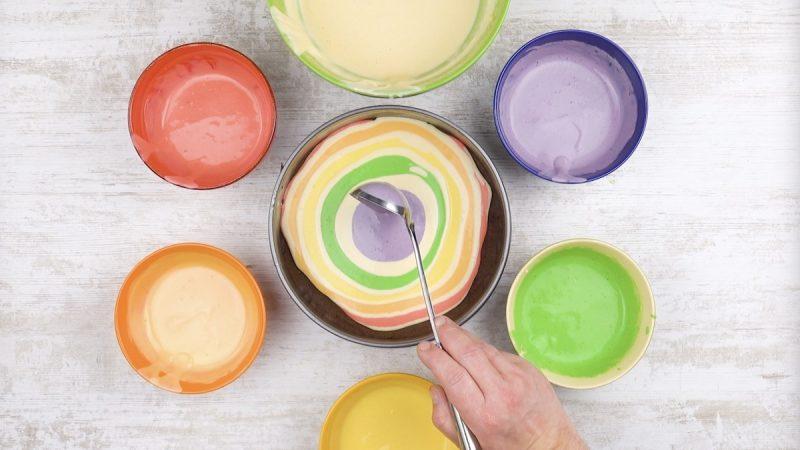 разноцветный бисквит