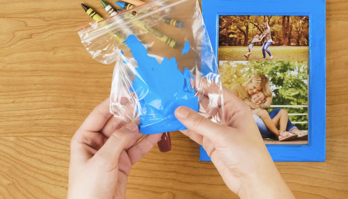 краска с пакетами
