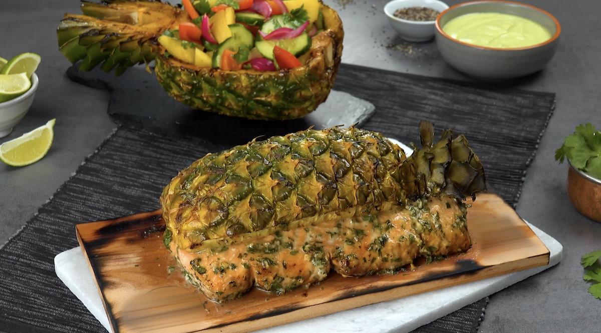 ананас и лосось