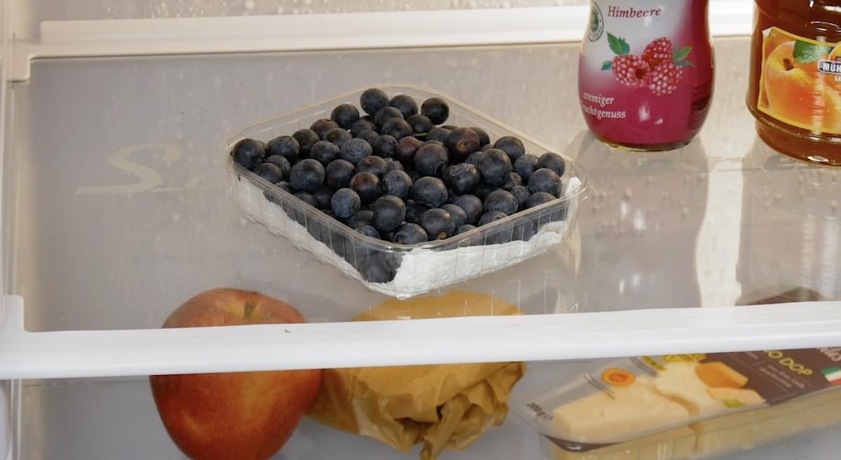 черника в холодильнике