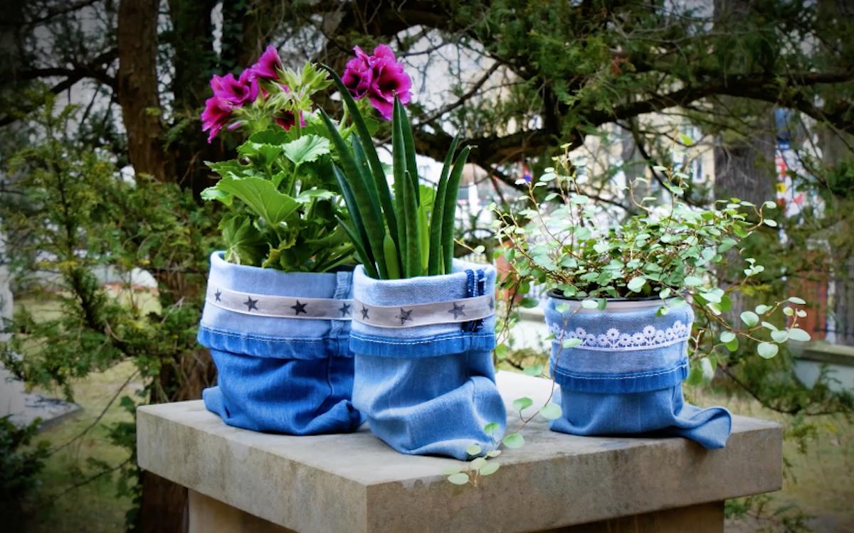 цветы в горшках из ткани
