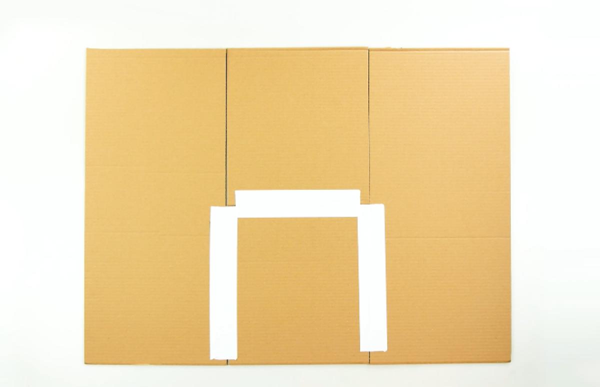 склеенные куски картона