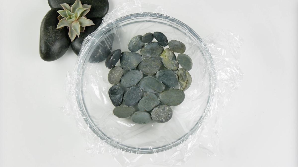 камни в миске