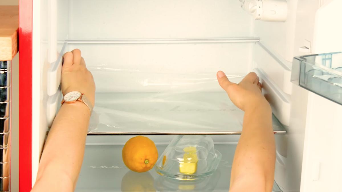 пленка в холодильнике