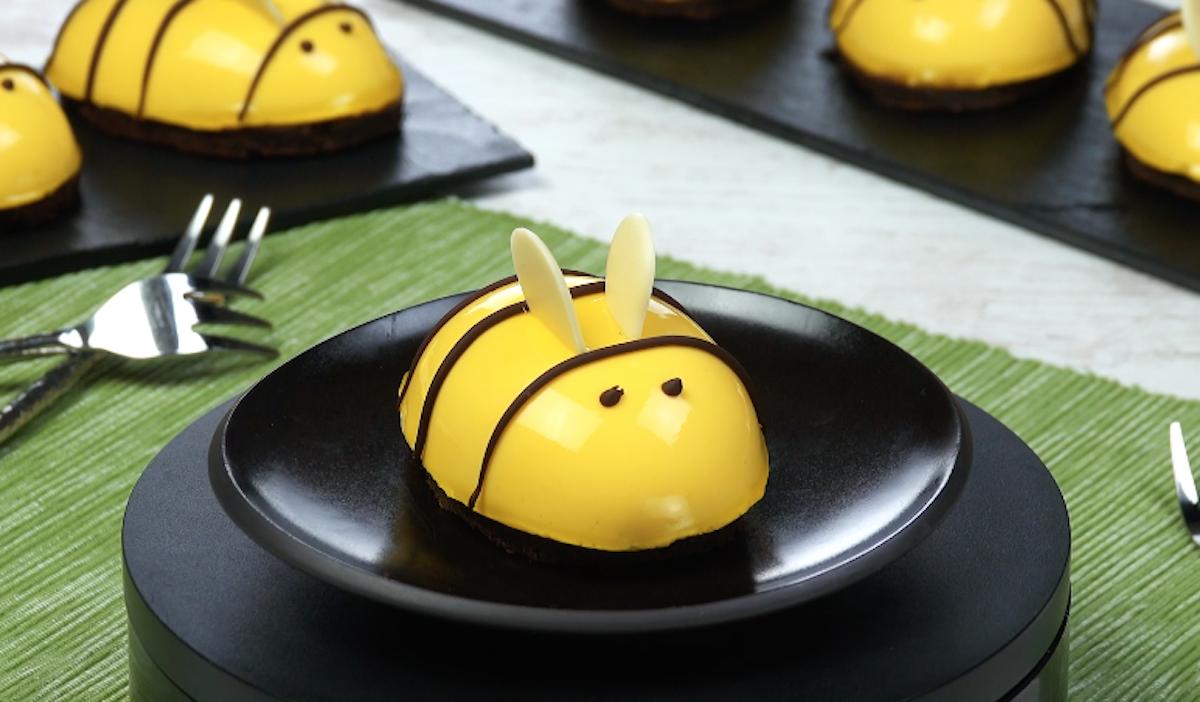 пирожное в виде пчелки
