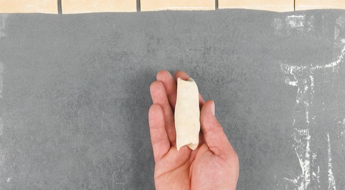рулетик из теста