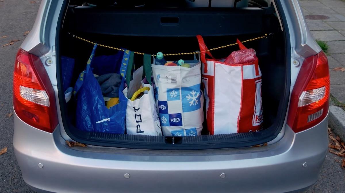 сумки в багажнике