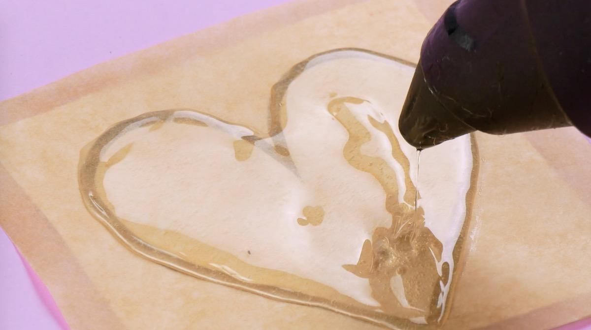 сердце из клея