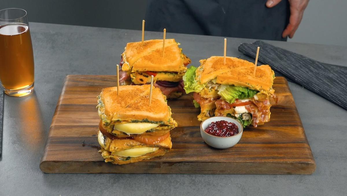 три сэндвича