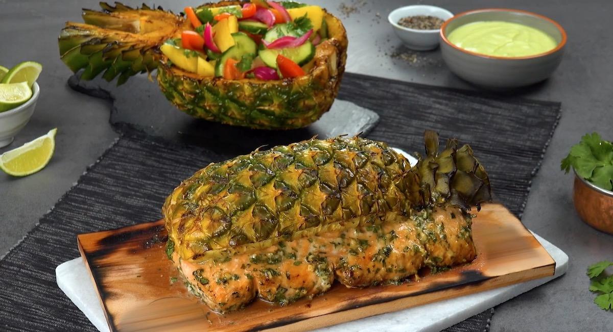 лосось с ананасом